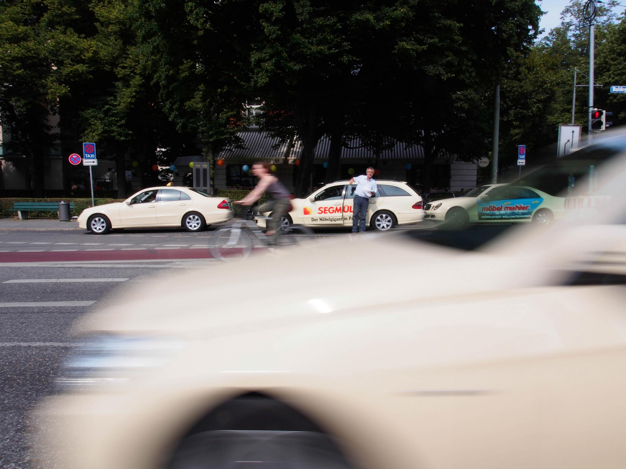 Tesla Testfahrt mit Tesla Taxi