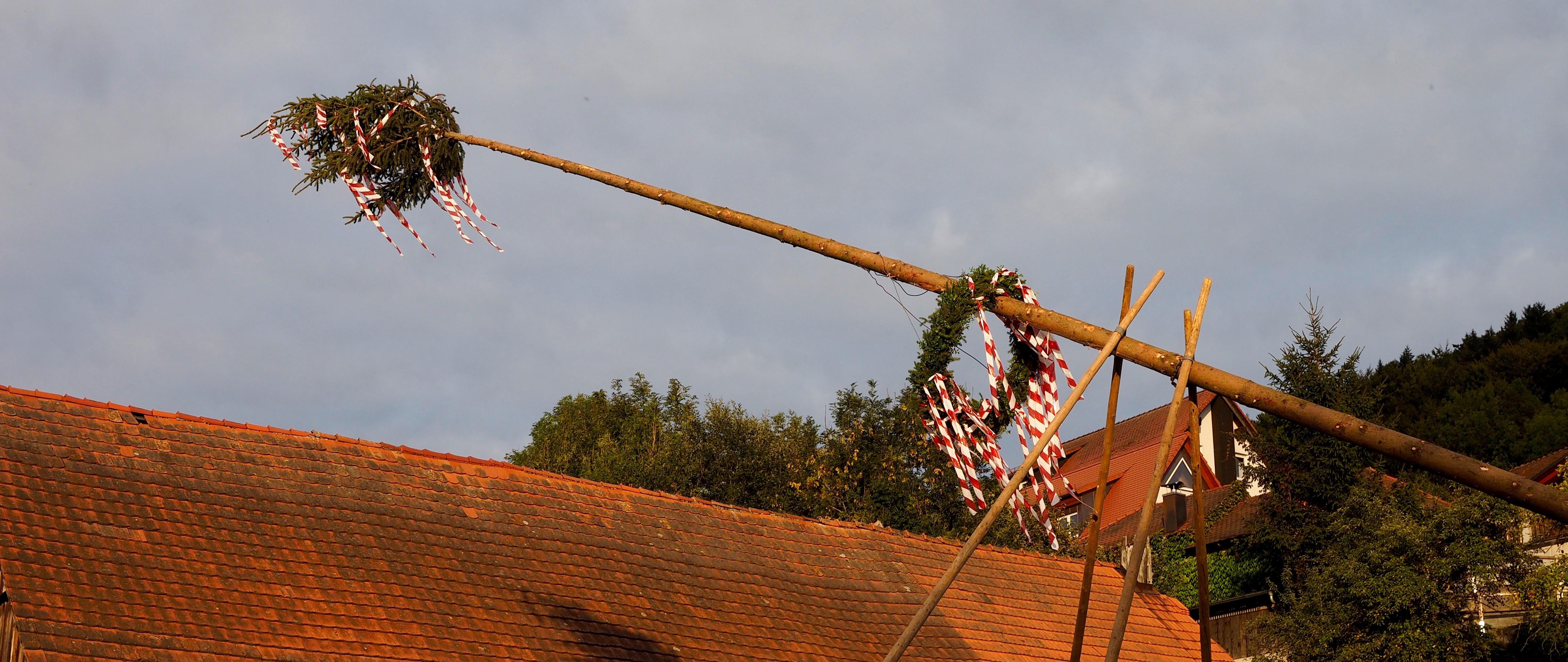 Nochmal Kerwa Baum statt Oktoberfest